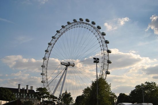 Full day private tour of London by car
