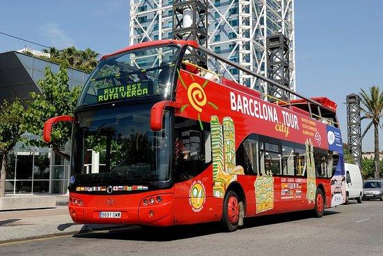海岸周遊:バルセロナ市内ツアー ホップオンホップオフ
