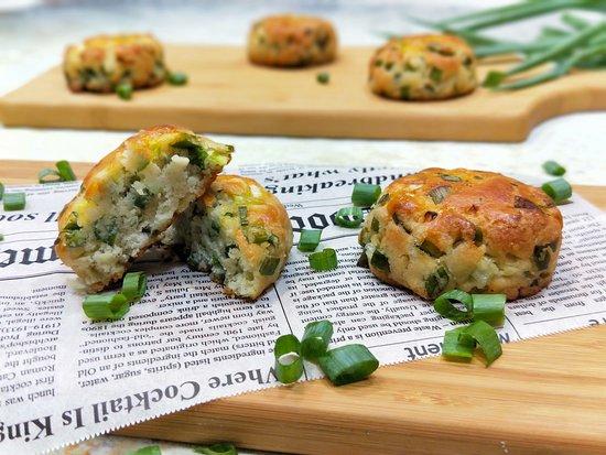 Keto, gluten-free scallion scones, made with almond flour and fresh scallion.
