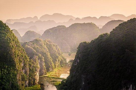 Tam Coc and Hang Mua Trek