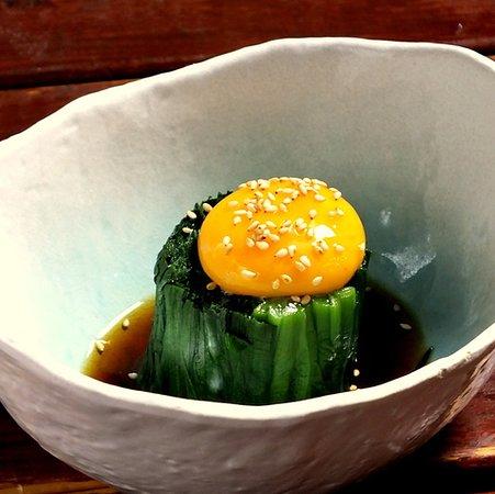 """とろ~り黄身を絡めて食べる人気の""""にら玉おひたし"""" 緑と黄のコントラストで食欲が一気に湧きますよ!! ~これジンスタイル~"""