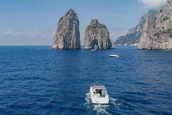 卡普里島船每日遊