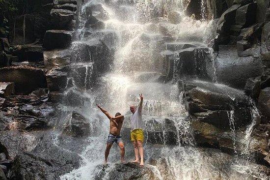 Excursão de cachoeiras em Bali