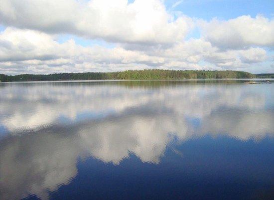 Ruokolahti, Finlandia: reflection mirror