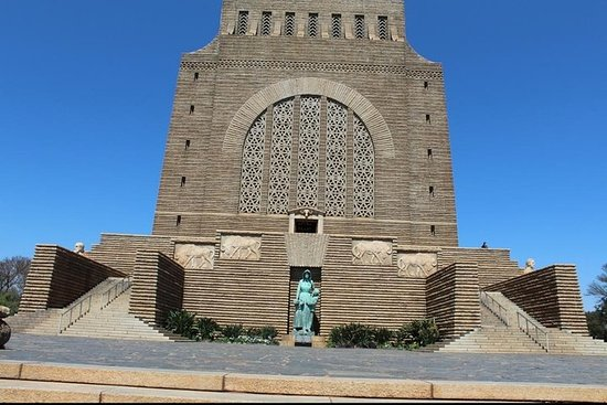 Pretoria City and Cullinan Mine Full Day Tour from Johannesburg 8 hours R2, 999 Resmi