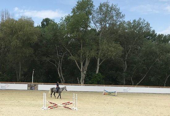 Equestrian center Kachi-Kalyon