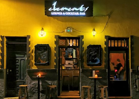 Elements Cocktail Bar