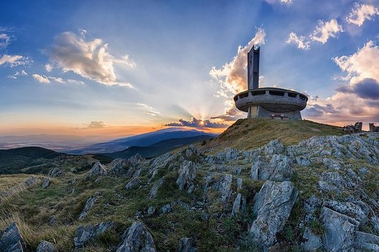 Visita del día comunista - Monumentos...