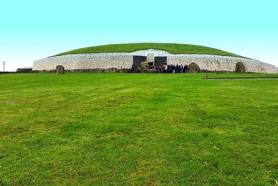 Dagstur fra Dublin: New Grange, Knowth, Trim Castle and the Hill of...
