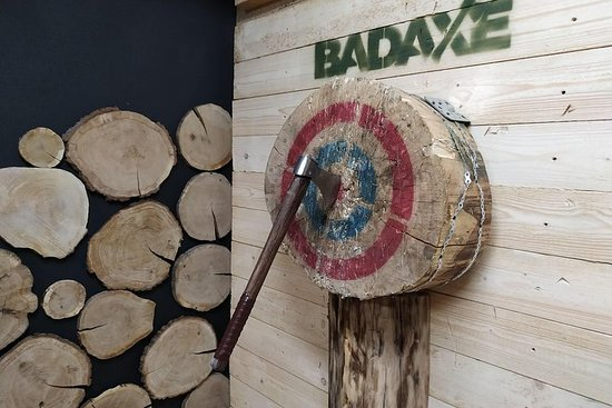 Axe Throwing In Bad Axe Krakow