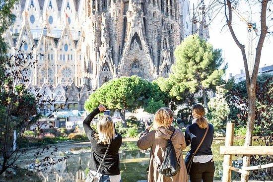 サグラダ・ファミリアの優先入場ガイドツアー
