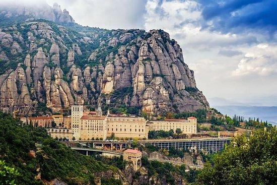 Visite exclusive privée de Montserrat...