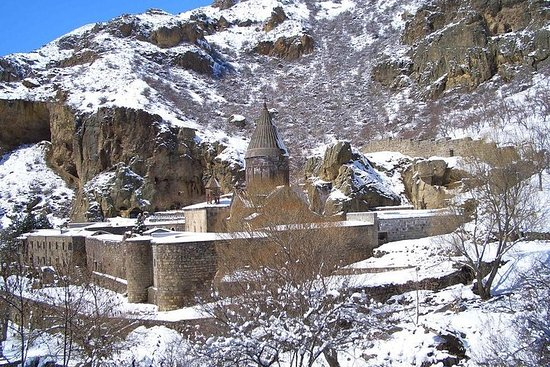每日冬季吉普車遊覽加尼峽谷和格加爾德修道院