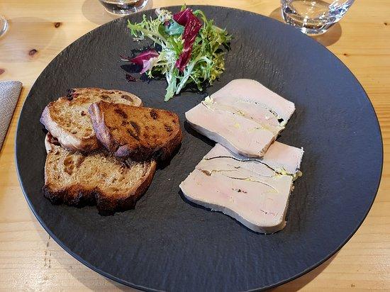 Foie gras maison mi-cuit au jurançon doux