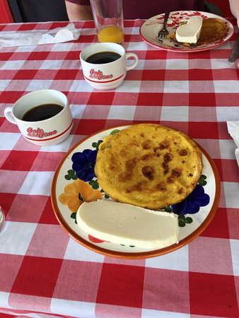 Breakfast - arepas, queso fresco, OJ and of course coffee - thank you Ruta