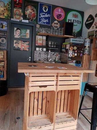 Great craft beer bar/ bottle shop