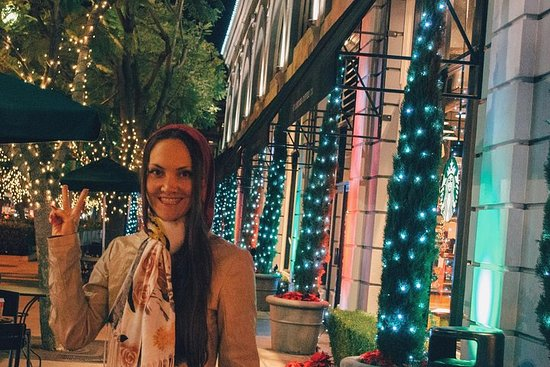 Christmas Market in Los Angeles and Charming Old Pasadena - on...