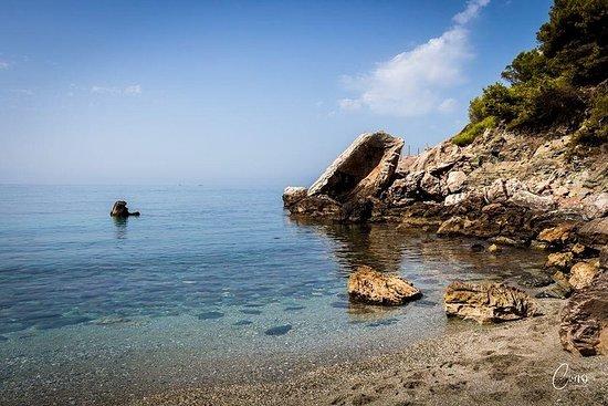 Escursionismo su spiagge naturali e