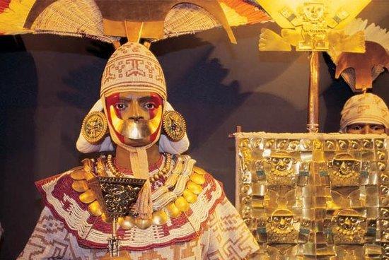 シパン王の墓博物館ツアー