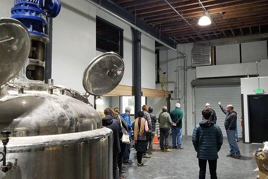 Tour della distilleria di Chuckanut Bay e volo di degustazione