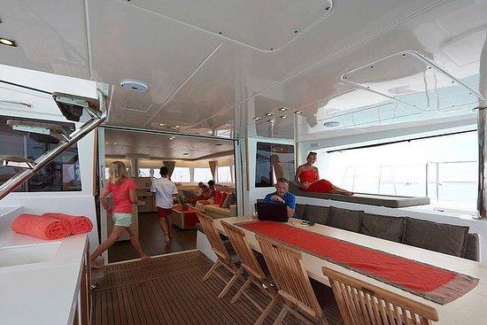 Crociera in catamarano di 8 giorni Grenadine, inc. cibo
