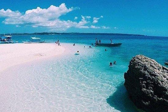 WHITE BEACH dans une île éloignée pour une journée | Fortune Island...