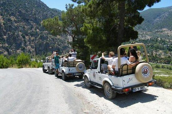 Viaggio alle fiamme eterne di Chimera in jeep