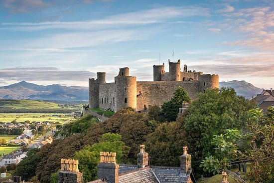 The Best of Wales: Small-group Tour from London (6-days)