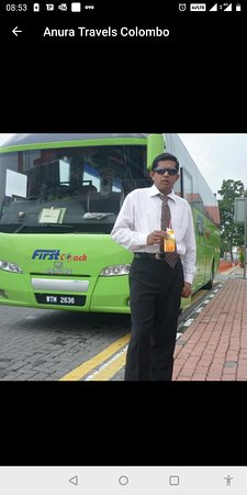 Mohan Anura The Best Driver and Guide in Srilanka