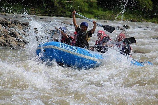 Rafting dans les eaux vives de Kiulu