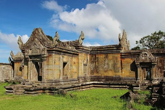 Private Preah Vihear Exploration by Jeep in 4 Days