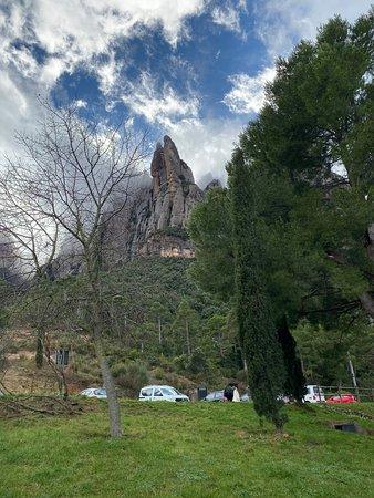 Montserrat Monastery with Cava Wine Tasting Small Group Tour from Barcelona Görüntüsü