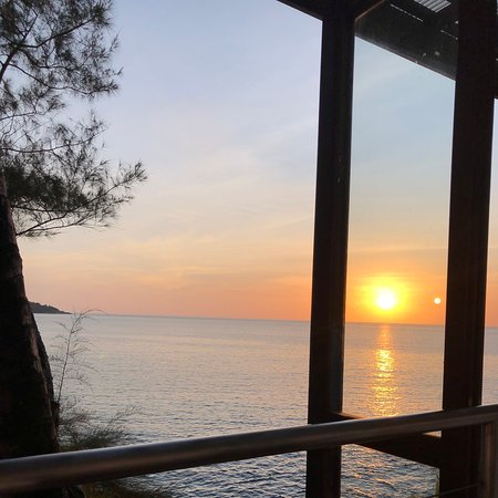 Great sunset view, great service,