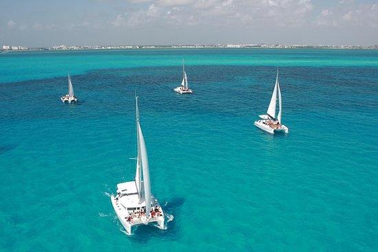 Excursión En Catamarä A Isla Mujeres...