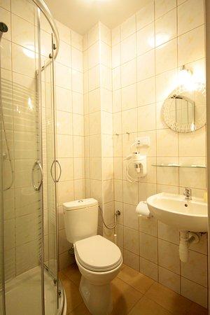 doby hotelowe - pokój typu ECONOMIC – Billede af Doby Hotelowe Placebo, Zgorzelec - Tripadvisor