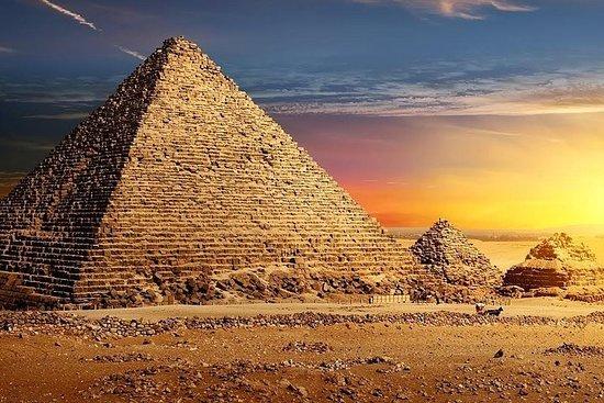 Heldagspyramider og Sakkara med lunsj