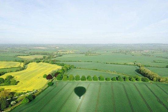 Varmluftsballongfly fra Cornwall