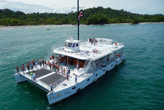 Catamaran Ocean King Manuel Antonio
