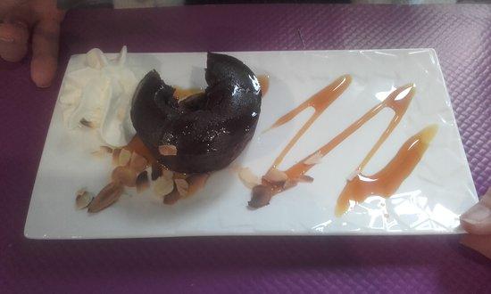 Poix-de-Picardie, Frankrike: le dessert au chocolat
