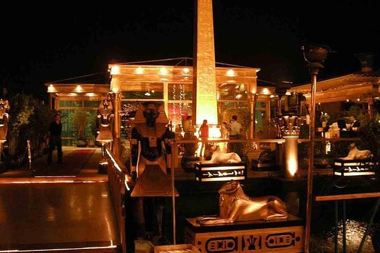Zdjęcie The Nile Pharaoh's Dinner Cruise with Pickup and Drop-Off