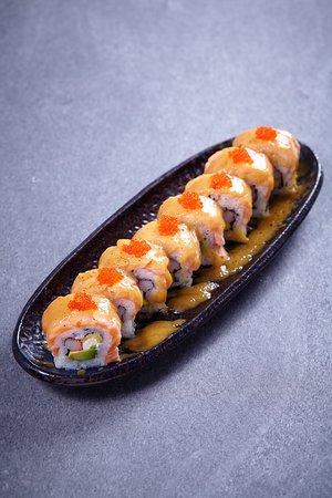 Salmon Saikyo roll