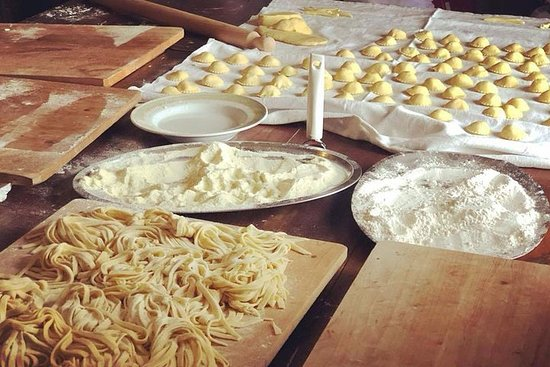 Private Authentic Italian Cooking Class Near Agropoli with a Local...