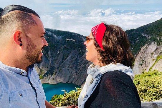 Explora dos increíbles volcanes activos...