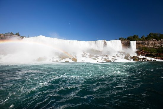3-Day Tour: Finger Lakes, Niagara Falls, Toronto and 1000 Islands...