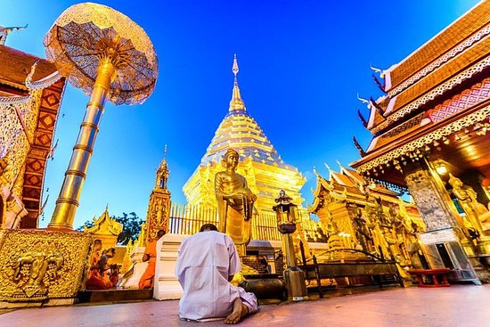 Halve dag Doi Suthep Temple & Hmong ...
