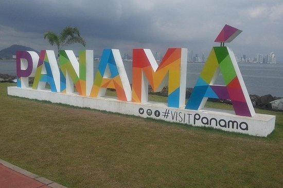 Panama City Tour includes: Mira flores locks, amador causeway, Casco Antiguo Fotografie