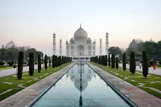 Privat Taj Mahal Agra Tour av Gatimaan...