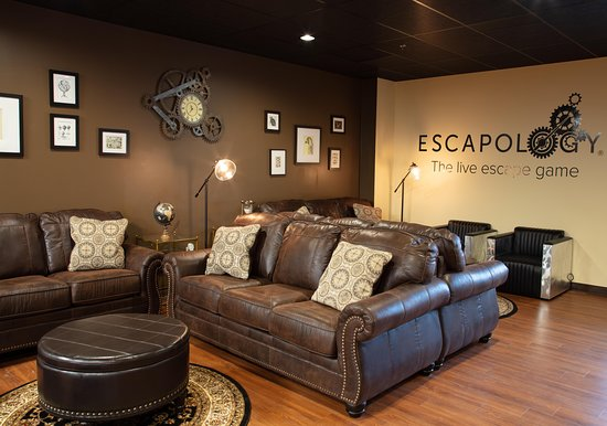 Escapology Escape Room Game - Trumbull