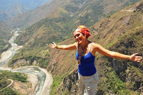 マチュピチュへの4日間のジャングルアドベンチャー:サイクリング、Ziplin…