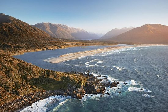Valokuva: Fiordland Heli Escape 2 days & 1 night - Twin Share